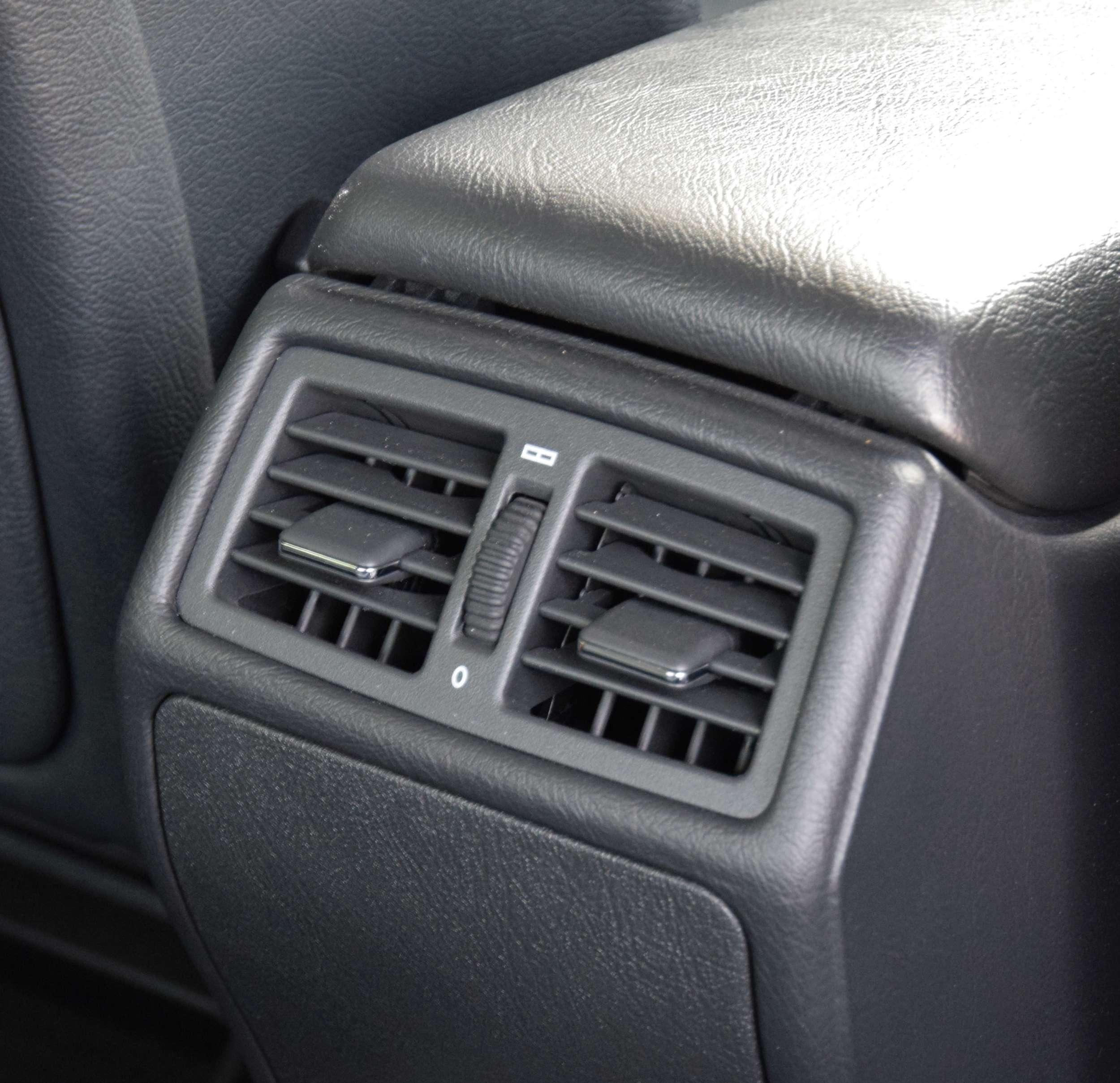 Mercedes E320 15