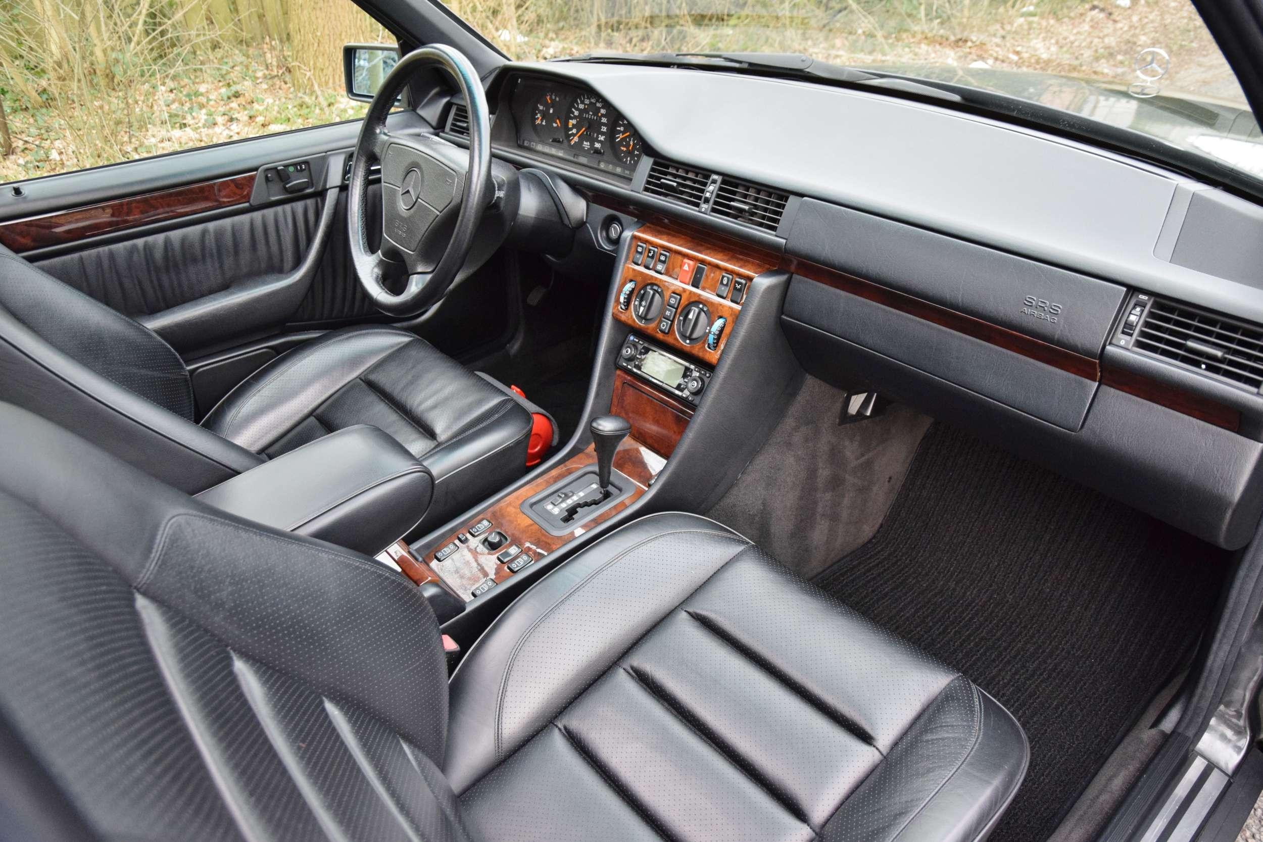 Mercedes E500 17