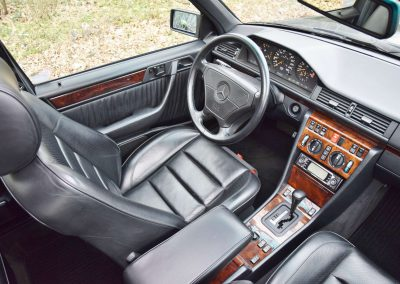 Mercedes E500 27