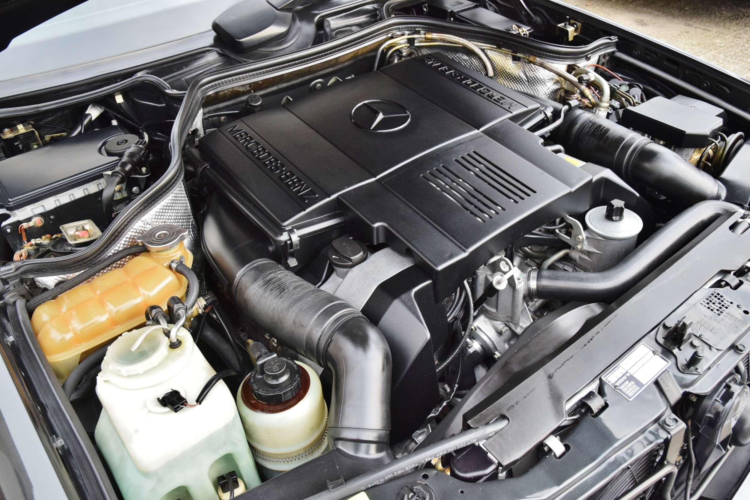 Mercedes E500 3