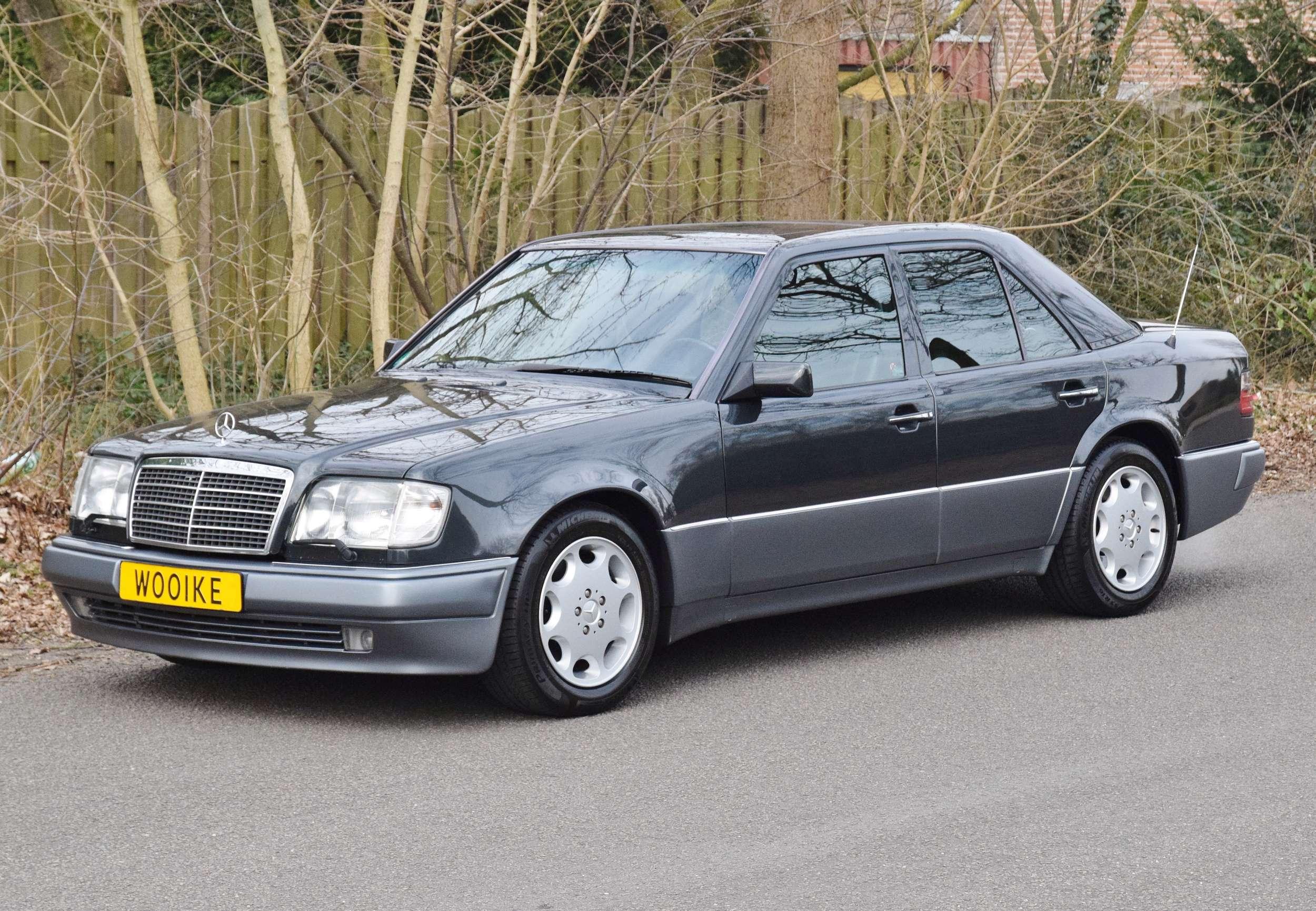 Mercedes E500 57