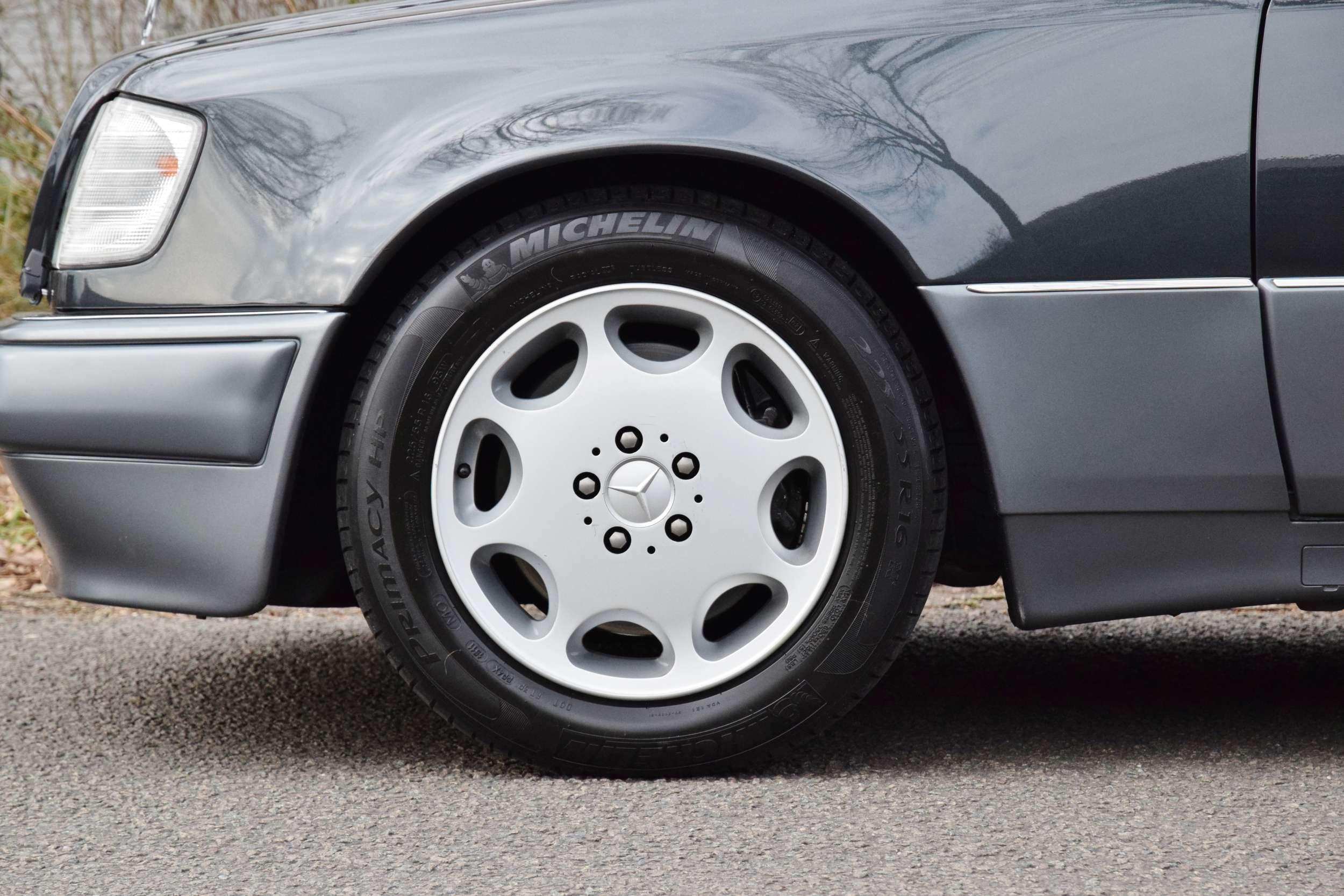 Mercedes E500 59